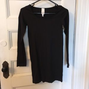 Dresses & Skirts - NWOT Black long sleeve bodycon dress
